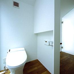 柏の住宅_トイレ